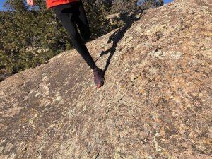 La tracción Contagrip MA en estas zapatillas proporciona un excelente agarre en ...
