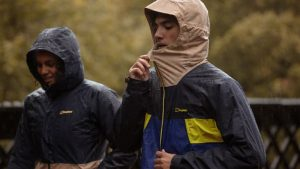 mejor chaqueta impermeable: Finisterre Stormbird
